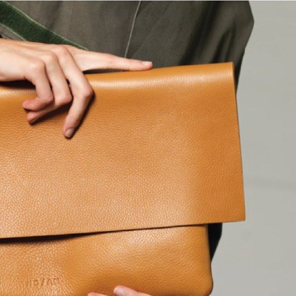 The Clutch bag in natural colour #slowfashion