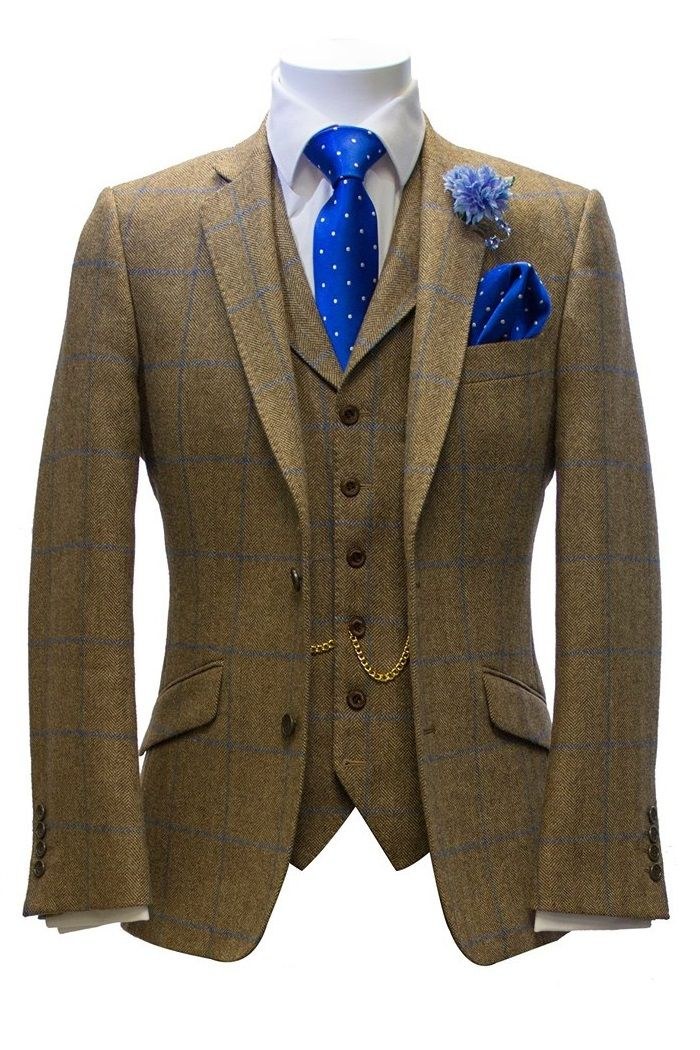 Tweed Suit Hire at Black Tie, the leading specialist in tweed suits to hire or buy for weddings. Based in Crowthorne and Basingstoke.