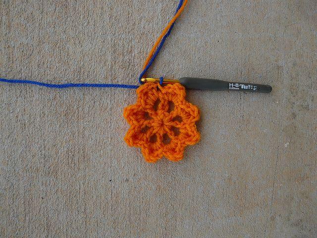Orange center for a crochet square 11, crochetbug, 101 crochet squares, jean leinhauser, satsuma
