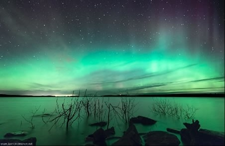 Aurora over Lievestuore in central Finland Tuesday night ( Janne Heimonen via SpaceWeather.com )