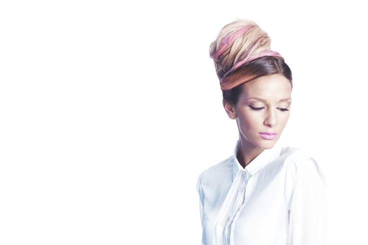 Lancio moda FW 2014-15 Avant art Art direction   wi.iu' upset® Ph   Gennaro Navarra Graphic   Paola Landolfi Video   Adriano Esposito Hair stylists   Avant art Make up   Raffaella Greco Dress   Backstage Valeria Barulli