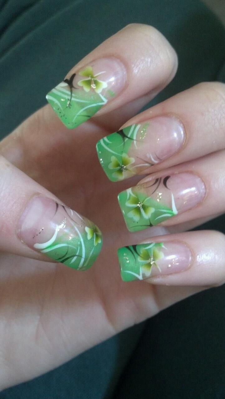 212 best images about St. Patrick's Day Nail Art on Pinterest ...