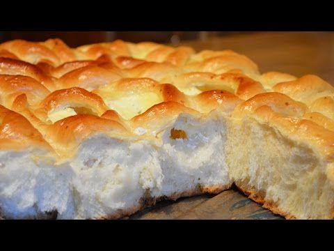 Непревзойденные пирожки с творогом просто тают во рту, они благоухают ванильным ароматом, очень нежные, мягкие и воздушные