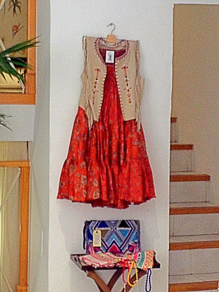 Love the Boho-Hippie look. Shopping in Palma