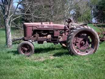 Old Farms for Sale | Used Farm Tractors for Sale: I Buy Old Farm/Parts Tractors (2004-04-20 ...