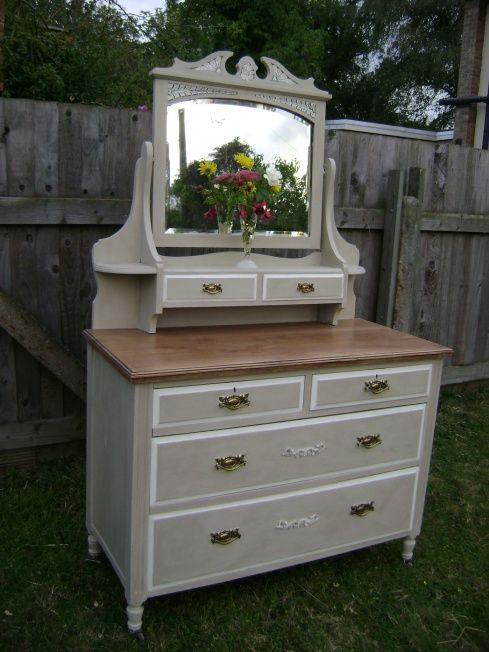 Edwardian Dressing Table painted Annie Sloan 'Country Grey' & 'Old White' ~ this is 'chalk paint.'  I can't wait to use some.