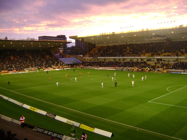 Molineux, Wolves