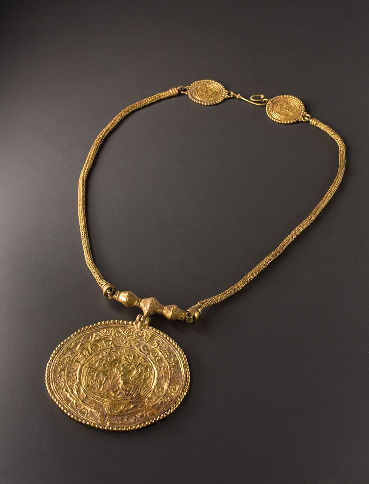 Byzantine Braided Gold Necklace with a Medallion representing Fortune and Bellerophon A Bracelet with Pseudo-Medallions   Work of art   Phoenix Ancient Art