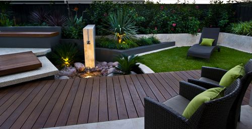 side garden elements