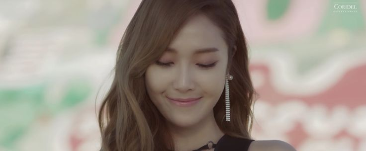 #Jessica #Fly #musicvideo #jessicajung #screenshot #flywithjessica #smile