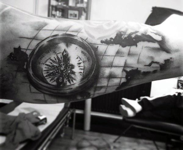 Men 39 s bicep compass tattoo design tattoos for men for Renaissance tattoo san clemente