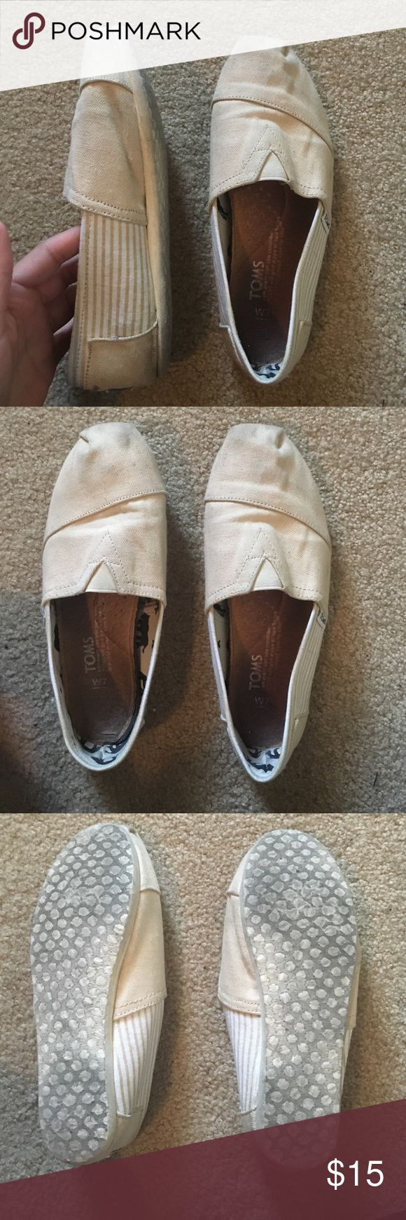 Toms Womens 7 Worn a couple of times, still in good condition! beige color toms TOMS Shoes Flats & Loafers