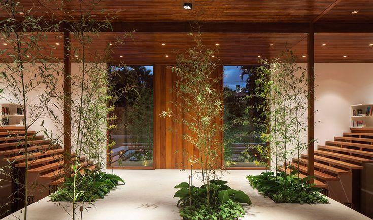 GS Residence | Itu, São Paulo, Brazil  | Jacobsen Arquitectura | photo by Leonardo Finotti