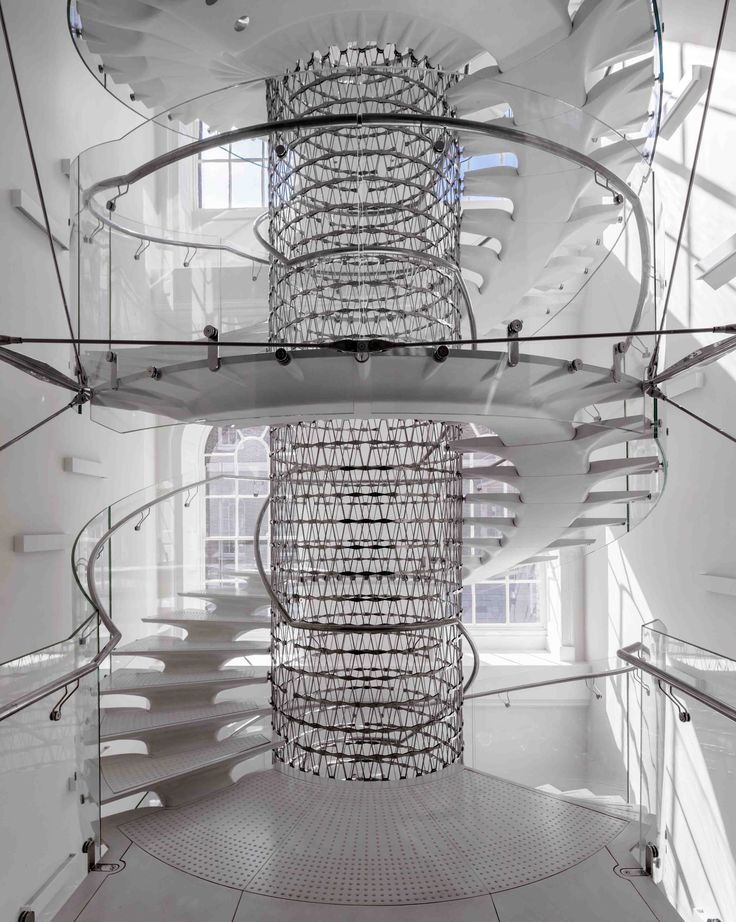 The staircase resembles a spine, each step of which represents a vertebra. Eva Jiricna Architects; London