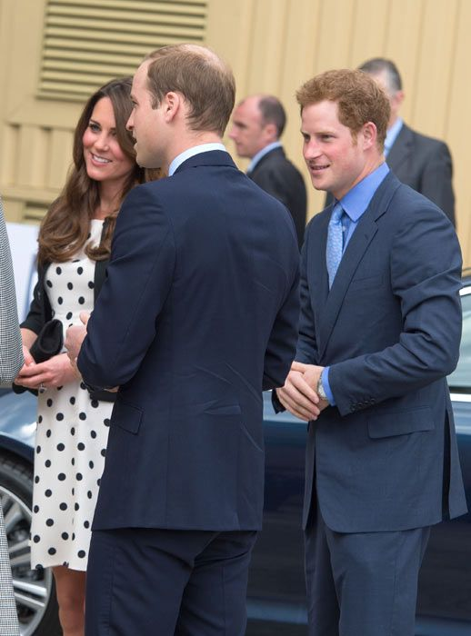 Prince William, Kate Middleton and Prince Harry tour Warner Bros studios - hellomagazine.com