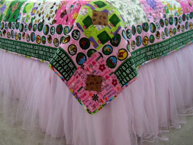 Too Stinkin' Cute: We Love Girl Scouts!: Scouts Law, Girls Generation, Scouts Quilts, Girl Scouts, Little Girls Rooms, Girls Scouts, Gs Quilts, Girls Rooms Tulle, Scouts Bling