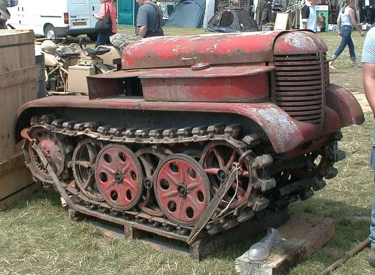 File:Babiole Kettenkrad farm tractor 1.jpg