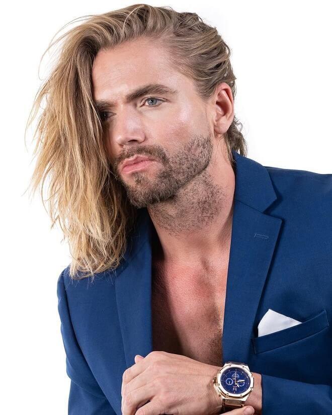 Blonde Swept Side Hair - 25 Best Flow Hairstyles For Men | Trendy Flow Haircuts Of 2020 | Men's Hairstyles