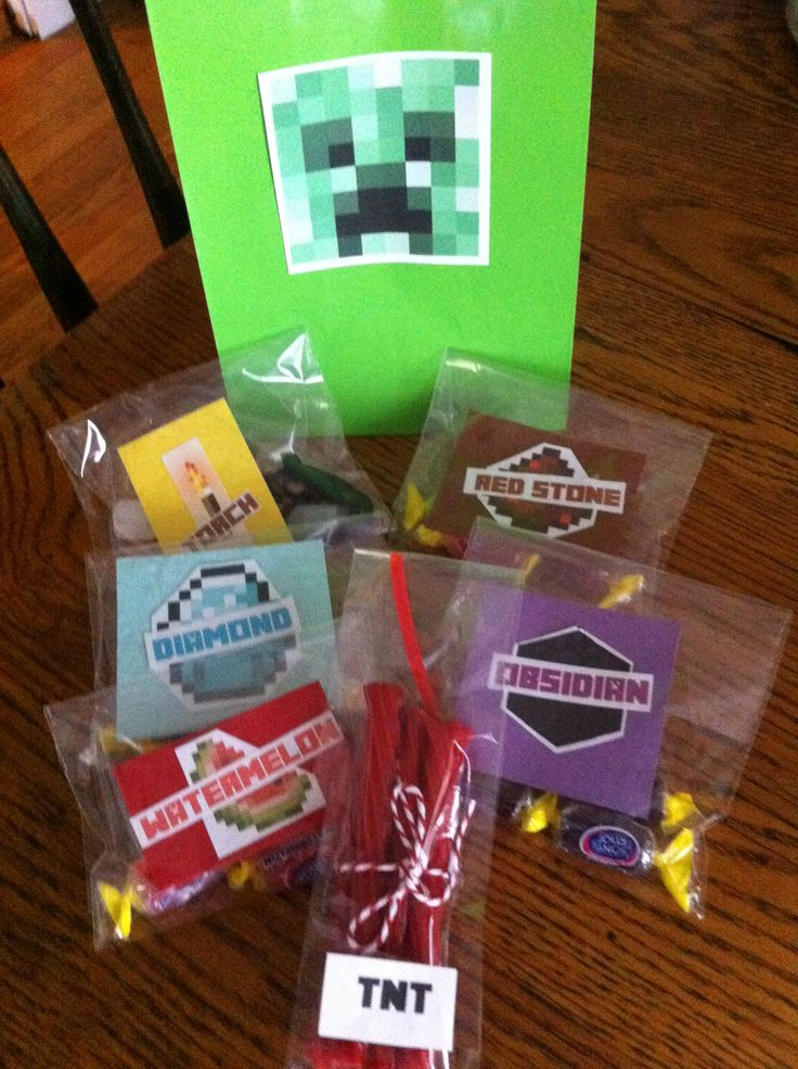 Minecraft homemade party favors party it up minecraft for Home made party decorations