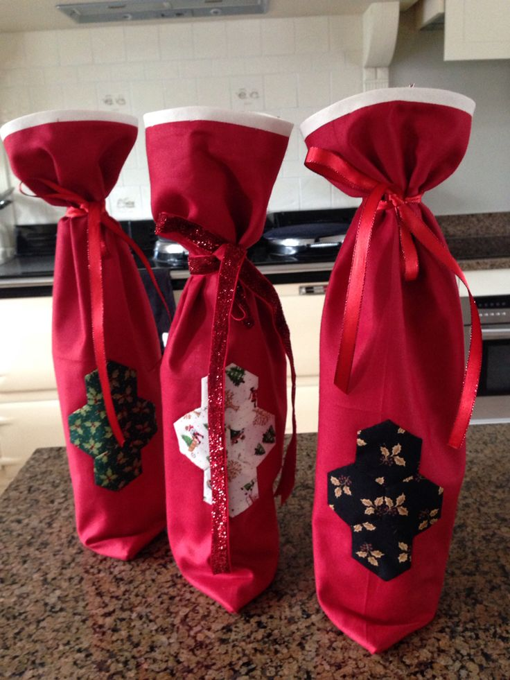 Christmas Wine Bags With Hexagon Patchwork Liquéd On