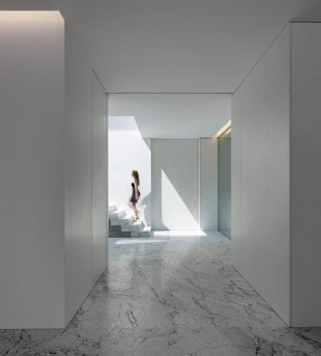Aluminium House in Madrid by Fran Silvestre Arquitectos