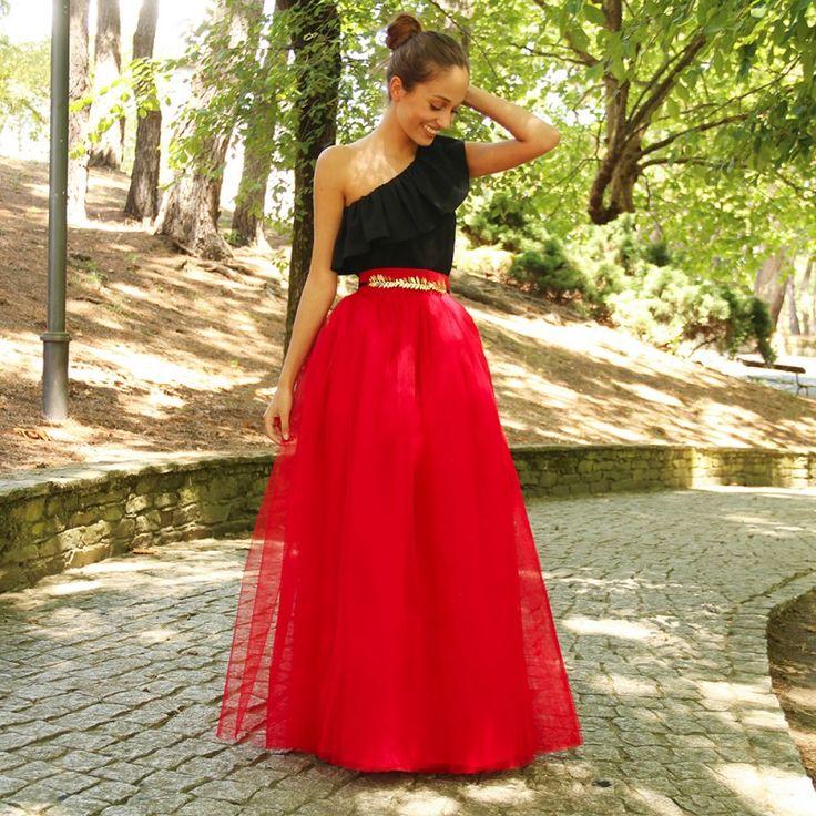 M s de 1000 ideas sobre falda midi boda en pinterest - Colgador de tela con bolsillos ...