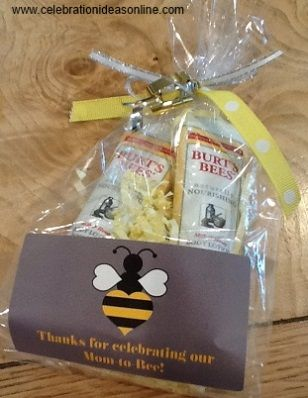 baby favor shower ideas.. make yourself to thank your guests for celebrating with the Mother to Bee!