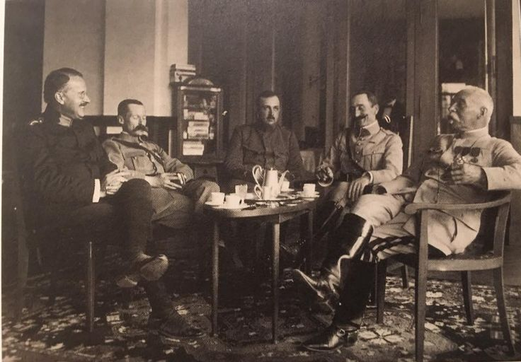 Jung spent WWI as medical corps officer at a Swiss POW camp where belligerents were detained. Here he is on the left with English and French officers.