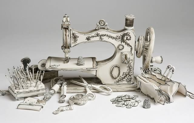 Katharine Morling - sculture di ceramica che imitano disegni su carta