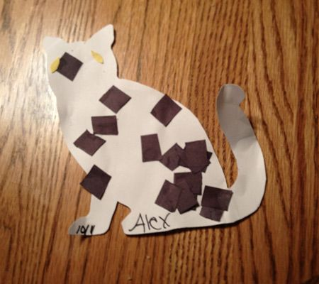 simple craft for toddlers, cut out shape of animal and use colored tissue paper