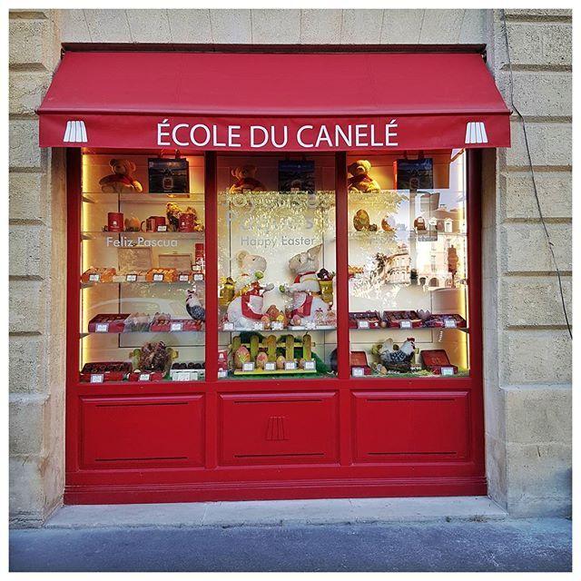 Vous en rêviez, ils l'ont faite ;) - École du Canelé, Place Gambetta, Bordeaux