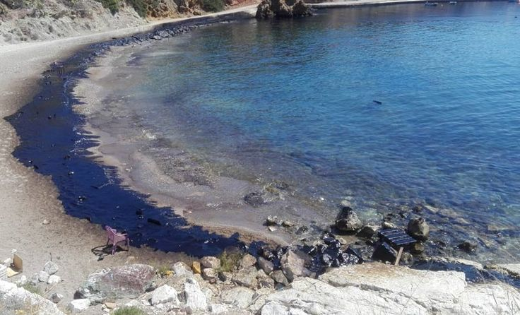 Experts Warn Against Swimming, Fishing Along Athens Riviera Due to Oil Spill.