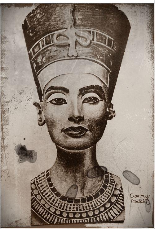 queen nefertiti tattoo drawing - Cerca con Google