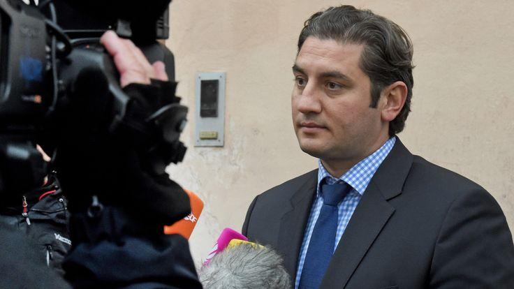 Hat Mutlu Günal ISIS unterstützt? - Bundesanwalt ermittelt gegen Strafverteidiger von Islamisten - News Inland - Bild.de