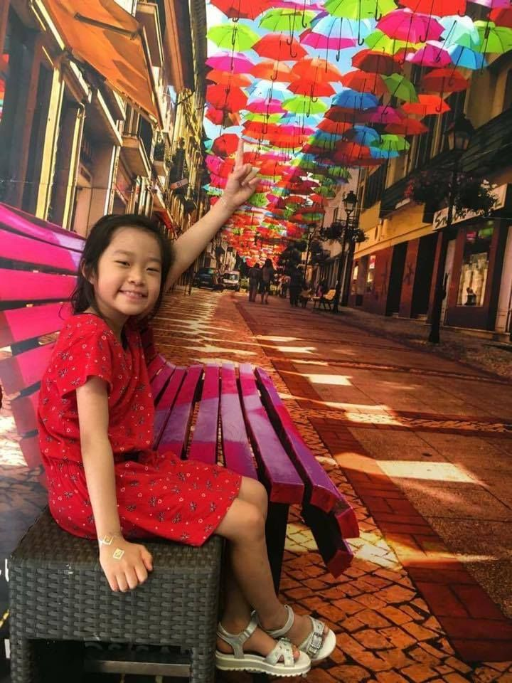 "Restaurant ""Belos Tempos"", Macau @Agitagueda  #agitagueda #agitagueda2016 #agitaguedaartfestival #agueda #streetart #festival #urbanart #umbrellaskyproject"