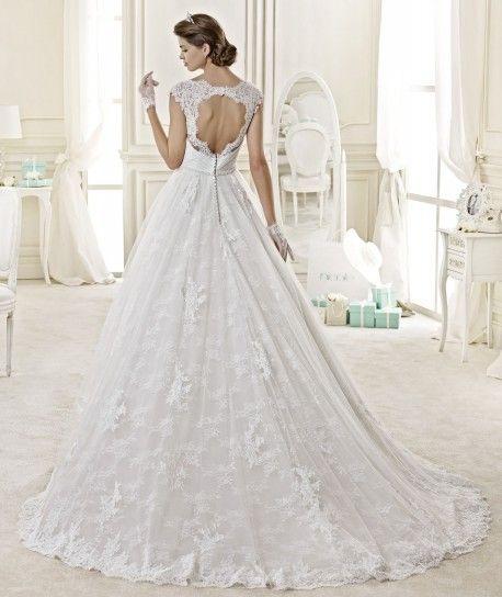 #wedding #weddingplanner #bridal #bride #matrimonio #matrimoniopartystyle  #scollaturaschiena #sposa2015