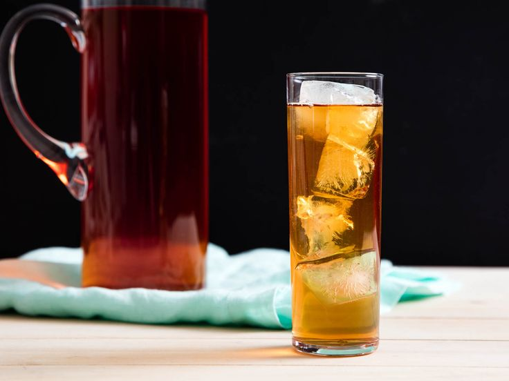 The Best Iced Tea (Cold-Brewed Iced Tea) Recipe http://www.seriouseats.com/recipes/2016/06/cold-brewed-iced-tea-recipe.html
