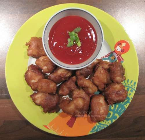 Sweet and sour chicken balls: takeaway at home