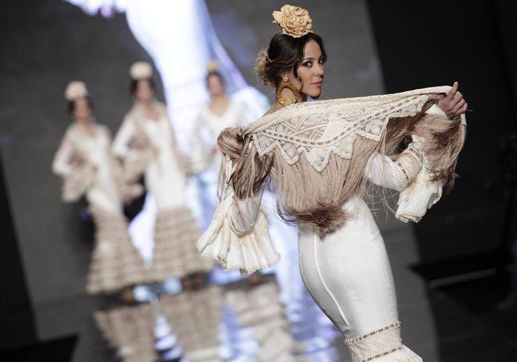 Pasarela Simof 2013: Nuevo Montecarlo: una flamenca sencilla pero siempre elegante -
