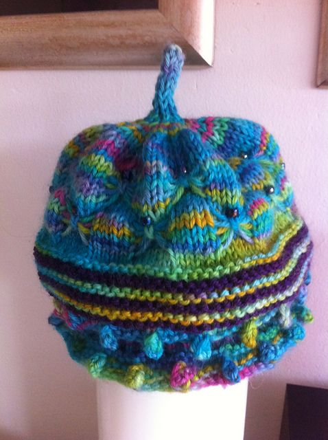Free Pattern: butterfly Garden Hat by Evelyn Skae