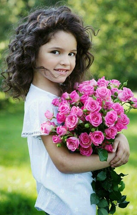Precious Child ~ Roses ॐ ✫ ✫ ✫ ✫ ♥ ❖❣❖✿ღ✿ ॐ ☀️☀️☀️ ✿⊱✦★ ♥ ♡༺✿ ☾♡ ♥ ♫ La-la-la Bonne vie ♪ ♥❀ ♢♦ ♡ ❊ ** Have a Nice Day! ** ❊ ღ‿ ❀♥ ~ Mon 12th Oct 2015 ~ ~ ❤♡༻ ☆༺❀ .•` ✿⊱ ♡༻ ღ☀ᴀ ρᴇᴀcᴇғυʟ ρᴀʀᴀᴅısᴇ¸.•` ✿⊱╮