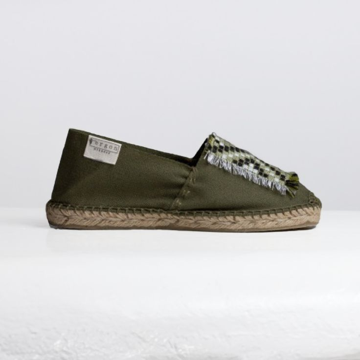 ERGON MYKONOS Folklore on coin II Espadrilles