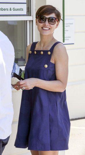 Emma Willis arrives #wimbledon #wimbledonstyle #wimbeldoncelebrities #celeb #celebritystyle