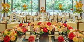【和婚ブライダル】結婚式披露宴会場 コーディネート例【装花・アイテム・テーブルカラー】 - NAVER まとめ