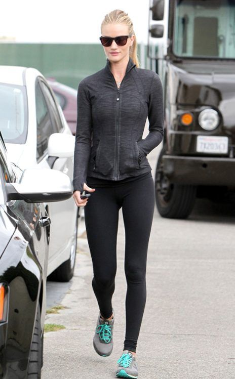 ROSIE HUNTINGTON-WHITELEY  The Transformers beauty hits the gym.
