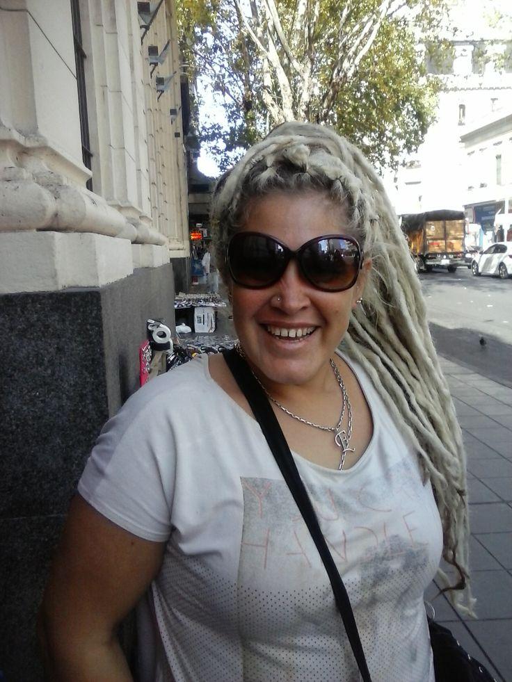 handmade locks on short hair  extensiones de rasta