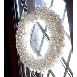 Pearl Wreath  #Christmas #DIY #Wreath Ideas