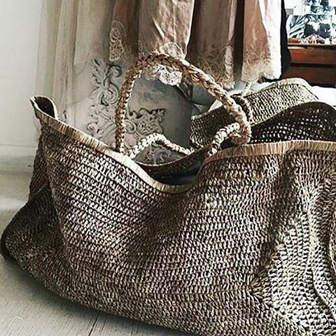 "227 Me gusta, 13 comentarios - The Freedom Co.  (@the.freedom.co) en Instagram: ""Love these bags from @bellandford -  Beautifully relaxed hand woven raffia XXL @madeinmada4u beach…"""