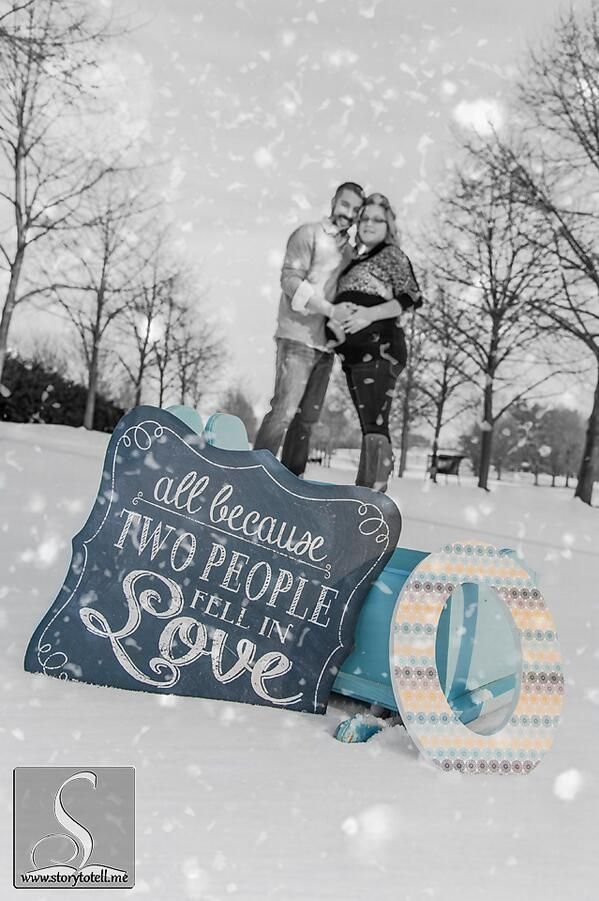 Maternity Photography Snow Boy Color Isolation Storytotellme