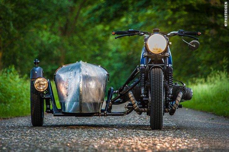 BMW airhead custom with bare metal sidecar